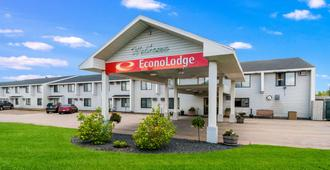 Econo Lodge Duluth near Miller Hill Mall - דולות'