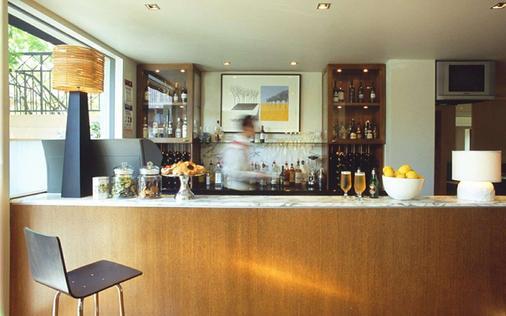 都鐸盒西式酒店 - 博士山 - 墨爾本 - 酒吧