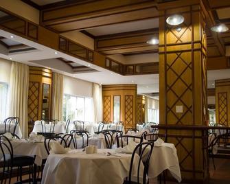 The Albany Hotel - Durban - Restaurant