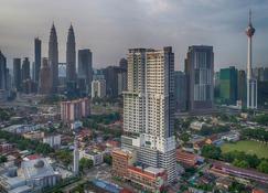 Tamu Hotel & Suites Kuala Lumpur - Kuala Lumpur - Outdoors view