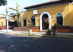 帕薩迪納 II 號飯店 - 聖薩爾瓦多 - 建築