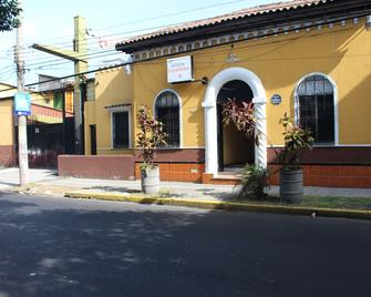 Hotel Pasadena II - San Salvador - Edificio