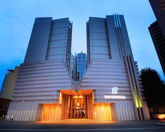 Quintessa Hotel Sapporo - Sapporo - Building