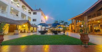 Raybow International Hotel - Sekondi-Takoradi