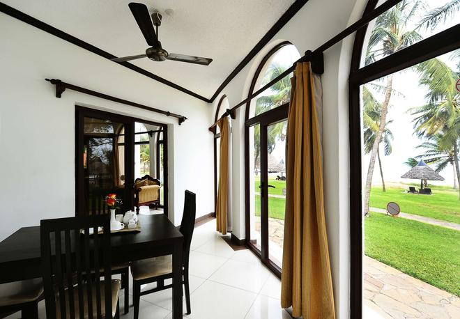 Nyali Sun Africa Beach Hotel & Spa - Mombasa - Dining room