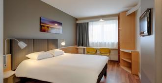 Ibis Hotel Würzburg City - Würzburg - Makuuhuone