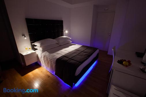 Melody Suite - Rome - Bedroom