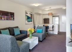 Evolution Apartments - Brisbane - Lobby
