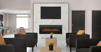 La Quinta Inn & Suites by Wyndham Dothan - Dothan