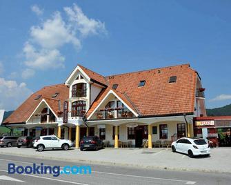 Guesthouse Jurcek - Zrece - Building