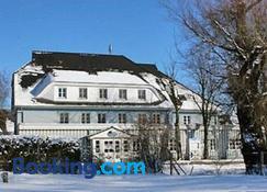 Haus Antje - Ostseebad Wustrow - Building