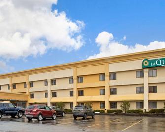 La Quinta Inn by Wyndham Auburn Worcester - Auburn - Building