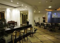 Hotel Shelton - Serra Negra - Εστιατόριο