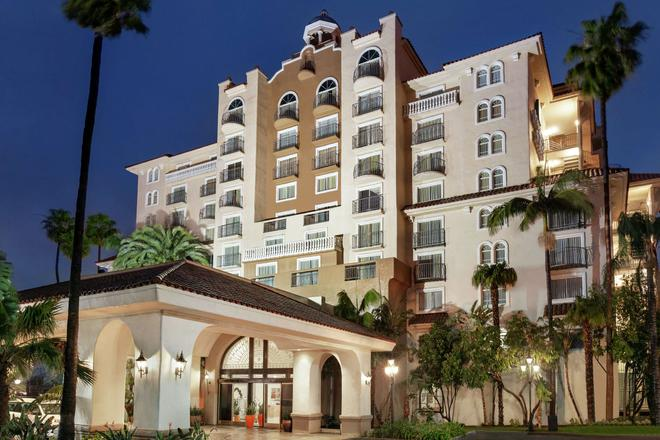 Embassy Suites by Hilton Santa Ana Orange County Airport - Santa Ana - Rakennus