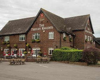 Twelve Knights - Port Talbot - Gebäude