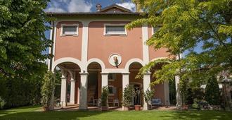 Villa Matildis - Modena - Gebäude