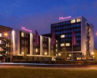 Mercure Hotel Groningen Martiniplaza - Groningen - Building
