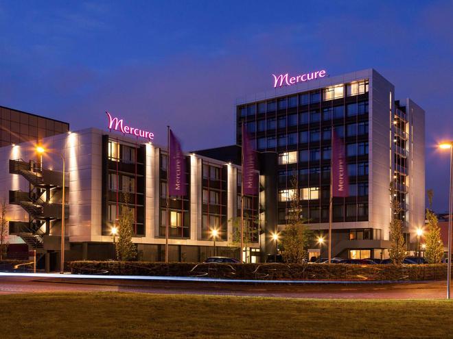 Mercure Hotel Groningen Martiniplaza - Groningen - Rakennus