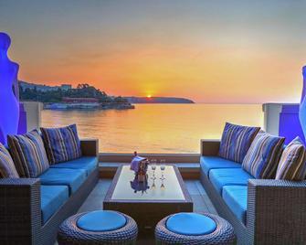 Monte-Carlo Bay Hotel & Resort - Monaco - Bar