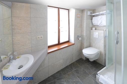 Hôtel La Cloche - Obernai - Bathroom