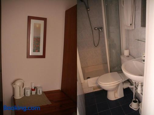 Hôtel du Roussillon - Paris - Bathroom