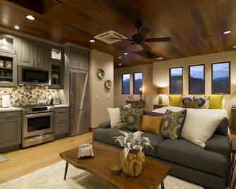 Avila Beach House - Avila Beach - Living room