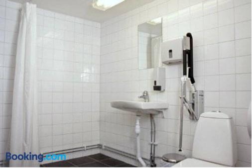 Orebro City Hostel - Örebro - Bathroom