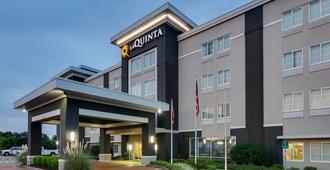 La Quinta Inn & Suites By Wyndham Starkville At Msu - Starkville