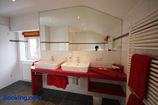 Hotel-Restaurant Schwanen - Weil am Rhein - Bathroom