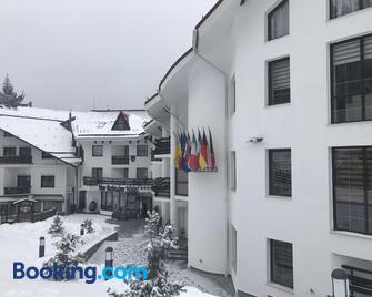Hotel Miruna - New Belvedere - Poiana Brașov - Edificio