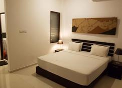 Sunrise Palace - Negombo - Bedroom