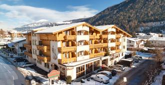 Alpenhotel Tirolerhof - Fulpmes - Edifício