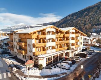 Alpenhotel Tirolerhof - Фулпмес - Будівля