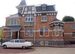 Charmehotel Villa Saporis - Hasselt - Building