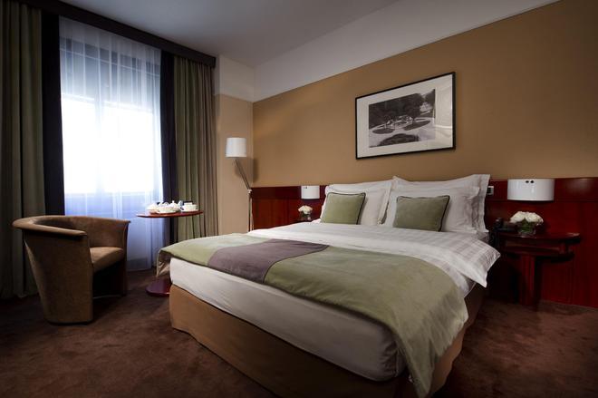 Best Western Premier Hotel Slon - Ljubljana - Makuuhuone