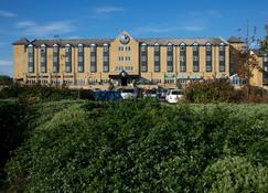 Village Hotel Newcastle - Newcastle upon Tyne - Building