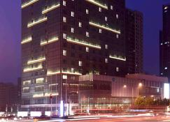 Grand Mercure Jinan Sunshine - Jinan - Building