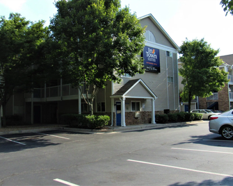 Intown Suites Extended Stay Atlanta Ga - Roswell - Roswell - Gebouw