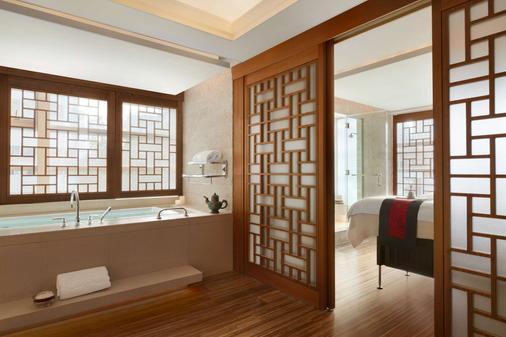 Shangri-La Hotel, Vancouver - Vancouver - Bathroom