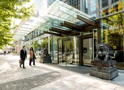 Shangri-La Hotel Vancouver - Vancouver - Building