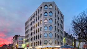 Best Western Premier Why Hotel - Lille - Edificio