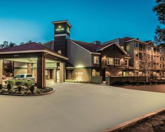 La Quinta Inn & Suites by Wyndham Flagstaff - Flagstaff - Building