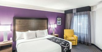 La Quinta Inn & Suites by Wyndham Flagstaff - Flagstaff - Camera da letto