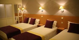 Estrela dos Anjos - Lisbon - Bedroom