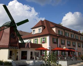 Hotel Gasthof Zur Windmühle - Ansbach - Gebouw