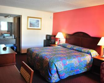 Coconut Grove Motor Inn - Panama City Beach - Bedroom