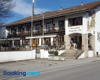 Lenggrieser Hof - Lenggries - Building
