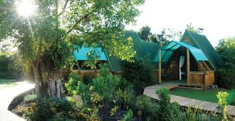 Tube N Axe Lodge And Backpackers - Stormsrivier - Vista del exterior
