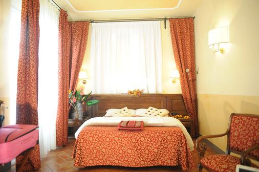 Hotel California - Florence - Bedroom
