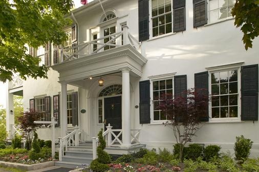 The Charles Hotel - Niagara-on-the-Lake - Building
